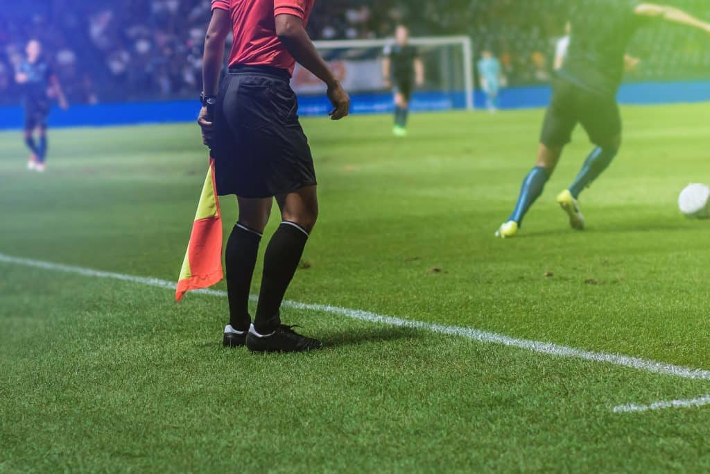 ○ Soccer Rules for Beginners & Youth (Parents + Players Guide) ○ Assistant referee soccer