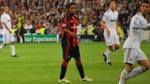 Ronaldinho and Cristiano Ronaldo Advanced Soccer Moves FI e1572029598946