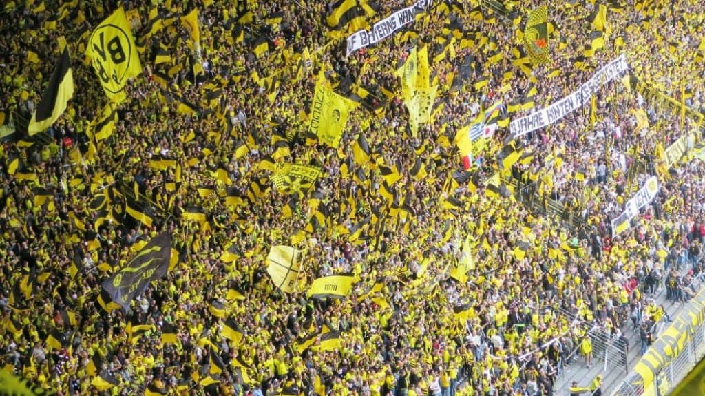 Soccer fans - Borussia Dortmund (what soccer team should I support?)