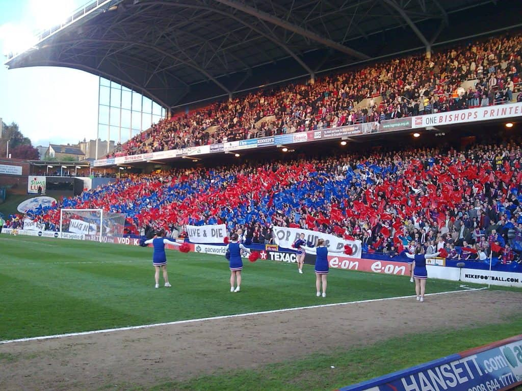 ○ How Many Soccer Teams are in London? The Best 13 ○ crystal palace