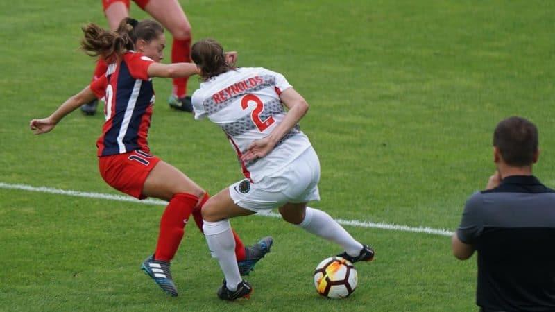 Defending in soccer