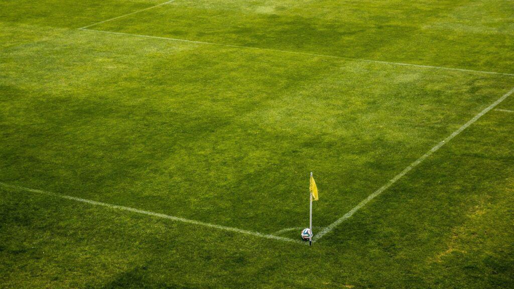 Soccer Ball-corner-flag-football-pitch-green-pixabay